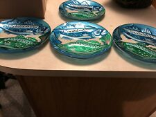 dessert plates with fish