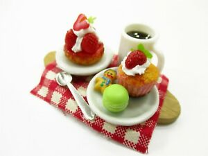 Dollhouse Miniatures Food Cup Cake Dessert Bakery Coffee Set Wooden Tray 13756