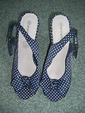NEW Ladies navy/white spotted wedge shoes size 36