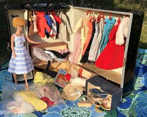 VINTAGE BARBIE DOLL LOT Barbie Doll Trunk CLOTHES Accessories 1962 Read