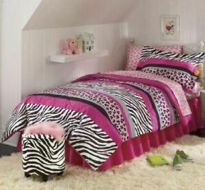 Jungle Queen Wild Zebra Animal Print Safari Black Pink Bed-in-bag Comforter Set