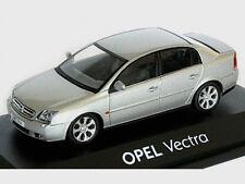 wonderful modelcar OPEL VECTRA GSE 2004 - silver metallic - scale 1/43 - lim.ed.