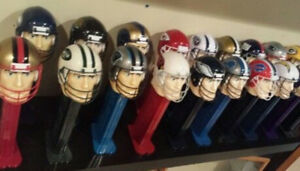 """NFL Giant Helmet Player 12"""" PEZ Roll Dispenser Candy & Sound Effects Collectible"""