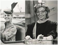 2 Fotos der TV Moderatorin ILONA CHRISTEN - SW Pressefoto - Vintage aus 1980er