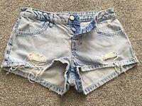 Topshop (MOTO) DAISY Denim Polka Raw Edge Distressed Shorts Size UK 6 W25 VGC