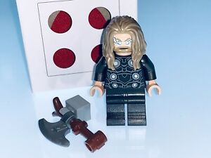 LEGO MARVEL GENUINE THOR MINIFIGURE AND ACCESSORIES SPLIT FROM SET 76192 - NEW