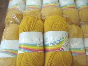 Huge lot of quality soft  double knitting yarn  gold textured 10 x 100g