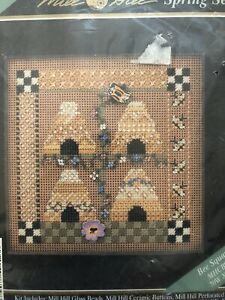 MILL HILL Bee Square Spring Series V Cross Stitch-Beading Kit OOP