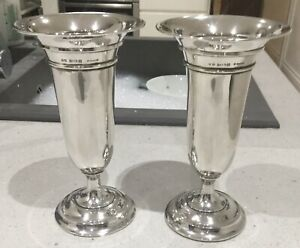 PAIR OF ANTIQUE STERLING SILVER SPILL VASES. DEAKIN & FRANCIS. BHAM 1913. 294G.