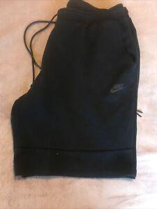Nike Tech Fleece Shorts XXL Black