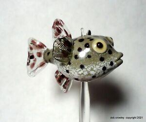 deb crowley lampwork glass Pacific Burr fish bead with display stand Lifelike