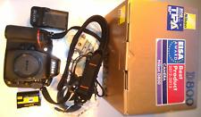 Nikon D800 D-SLRKamera body in OVP + 1 Nikon Objektiv / Lens AF + Zubehörpaket