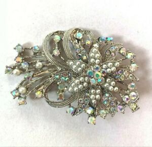 Silver Bridal Jewel & Imitation Pearl Hair Clip with Flower Accent