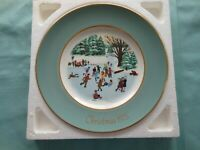 """Avon 1975 Avon Christmas Plate Series """"Skaters On The Pond"""" Enoch Wedgewood"""