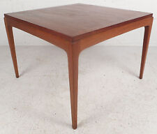 Mid-Century Modern Walnut End Table by Lane Furniture (5967)NJ