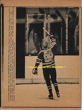 WAYNE GRETZKY Lot of (2) AP & Canadian Press LASERPHOTOS Edmonton Oilers 1982