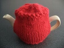 TEA COSY - HAND KNITTED & SUITABLE FOR SMALL 1 to 2 CUP TEAPOTS - RED