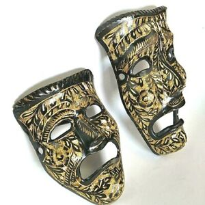 Set of 2 Wall Decor Drama Masks Black Brass With Golden Embossed Ornament Leafs