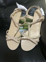 SANDALS - Mootsie Tootsies - Size 8.5 Med. Light Natural Color - NEW IN BOX