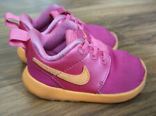 Girls NIKE SHOES  TRAINES Size 4.5