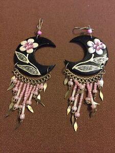 Vintage Beautiful Floral Dangle Earrings