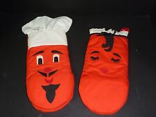 Pr Vintage Mr and Mrs Chef Oven Mitts - Never Used
