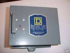 SQ-D 30 AMP 240 v 3 POLE FUSIBLE BUS DUCT SWITCH  (NEW)