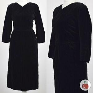 BLACK VELVET, BACK BELT, V-NECK 1950s VINTAGE ELEGANT DRESS 12