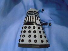 Classic Doctor Who série 5 in (environ 12.70 cm) Figure destin des Daleks Dalek Noir lattes
