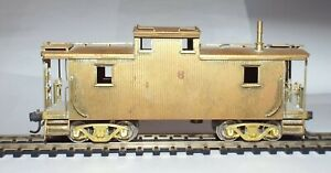 HO SCALE UNPAINTED BRASS CABOOSE