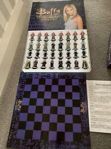 Buffy the Vampire Slayer Chess Set -