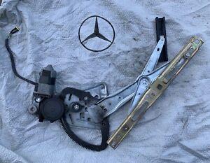 Drivers Front Power Window Lift Regulator for 03-09 Mercedes-Benz E-Class W211