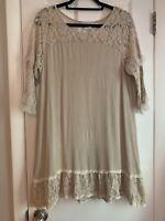 Paisley Vine Dress With Lace Detail Size XL
