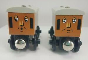 2003 Thomas & Friends Wooden Railway Annie & Clarabel Thomas's Coaches #3470WJ00