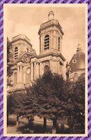 CPA - LANGRES - La Cathédrale St Mammés et le Square Henrioud