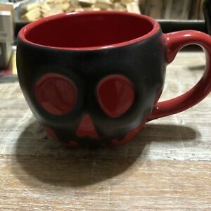 Disney Parks Poisonous Apple Color Changing Coffee Cup Mug used evil queen