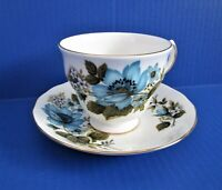 Queen Anne England Bone China Teacup & Saucer Set Blue Flowers