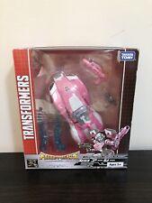 Takara Transformers Deluxe Class Arcee