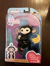 New Fingerlings Baby Monkey Finn Black HTF w/ Bonus Stand