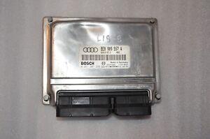L-1979 AUDI ENGINE CONTROL UNIT ECU 8E0909557A / 0261207286