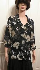 Ladies Millers Floral blouse size 10 black and white 3/4 length sleeves
