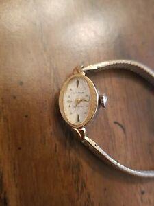 Vintage Womens Waltham Mechanical Watch Incabloc 17 swiss made
