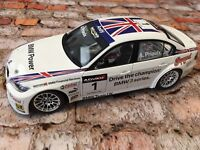 KYOSHO BMW 320 SI 1/18 World Touring Car Auto Championship Andy Priaulx