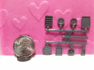 Dollhouse Miniature Kitchen Metal Soup Pot /& Lid 1:48 Z572x-sm Dollys Gallery