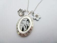 Audrey Hepburn Colazione da Tiffany Argento Medaglione & Collana Pendente Charms