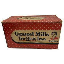 Vintage General Mills Betty Crocker Tru Heat Iron, Model GM 1B, in Original Box