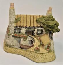 Vintage 1988 David Winter House on Loch Cottage Figurine Scottish Collection