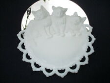 THREE LITTLE KITTENS WHO LOST THEIR MITTENS ANTIQUE DEPRESSION MILK GLASS PLATE