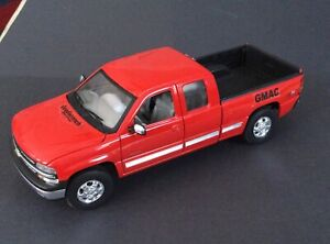 1999 Chevrolet Silverado Z71 1500 Red 1/18 Welly With Tow Bar