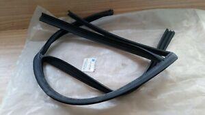 Window Seal Channel Rear Left fits Saab 9-3 9440 9450 12771517 Genuine